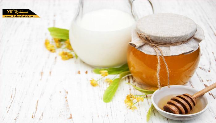 خاصیت عسل و شیر در درمان چروک های پیشانی